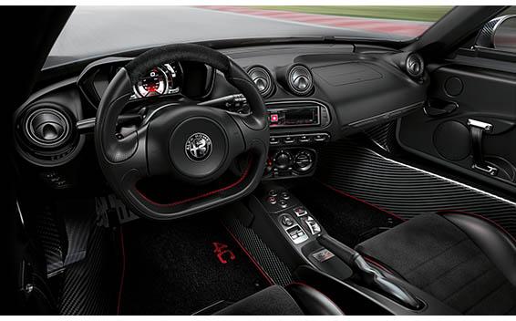 Alfa Romeo 4C 8