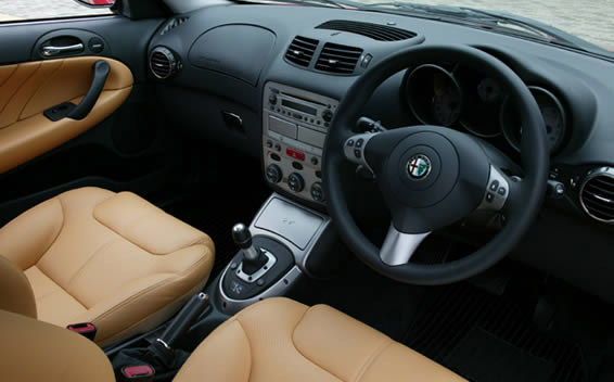 Alfa Romeo GT 5