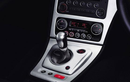 Alfa Romeo Spider 14