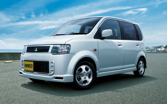 Mitsubishi eK Sport 1