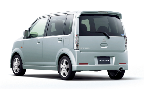 Mitsubishi eK Sport 2