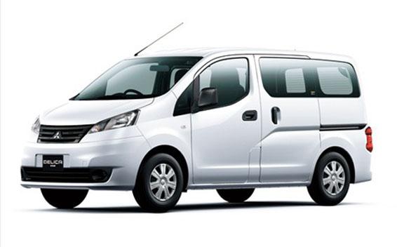 Mitsubishi Delica Van 1