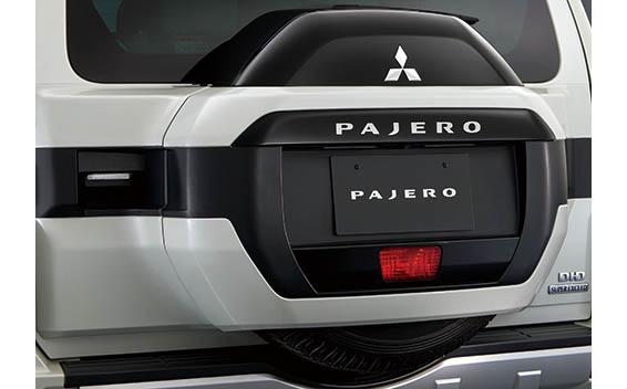 Mitsubishi Pajero 12