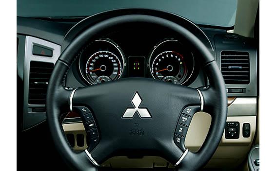Mitsubishi Pajero 21