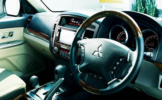 Mitsubishi Pajero 49