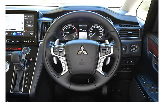 Mitsubishi Delica D5 17