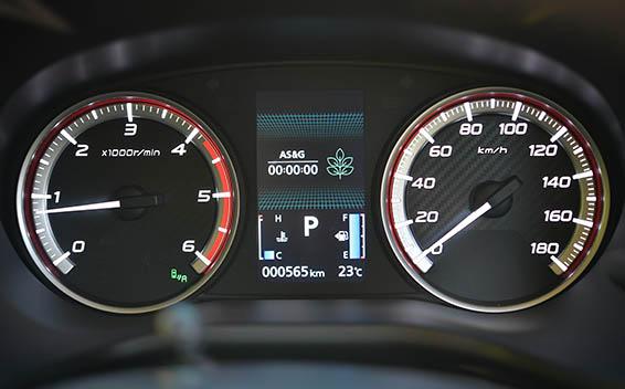 Mitsubishi Delica D5 18