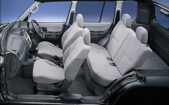 Mitsubishi Pajero iO 4