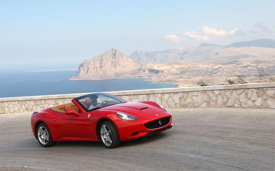 Ferrari CALIFORNIA 8