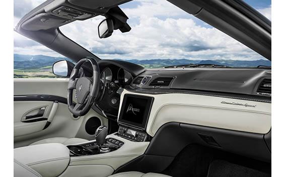 Maserati Gran Cabrio 13
