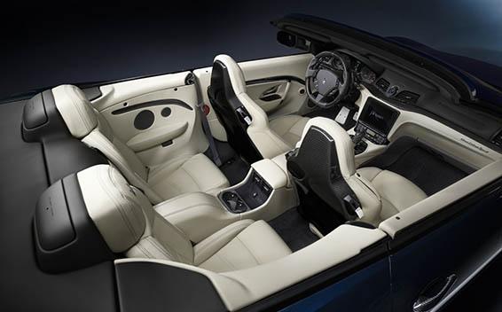 Maserati Gran Cabrio 15