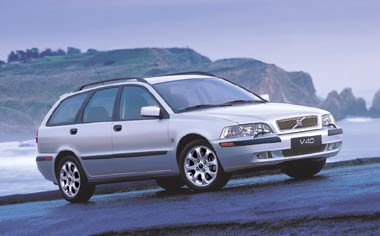 Volvo V40 2.0T RHD WAGON AT 2.0 TURBO (2000)