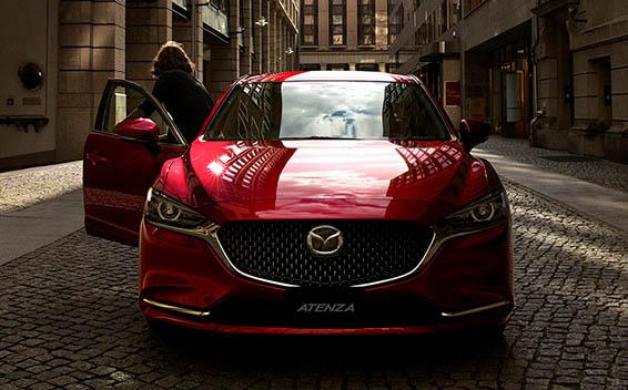 Mazda Atenza 4