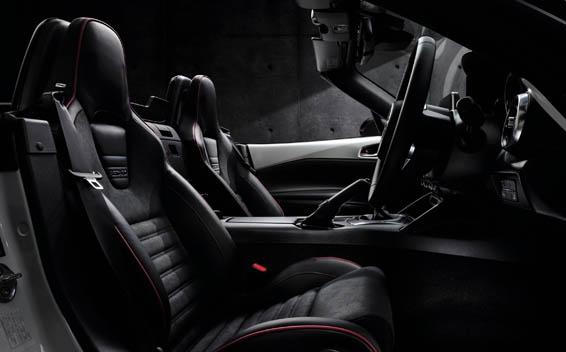 Mazda Roadster 36