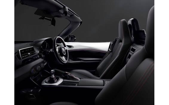 Mazda Roadster 40