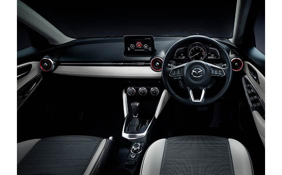 Mazda Demio 11