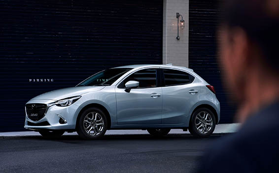 Mazda Demio 14