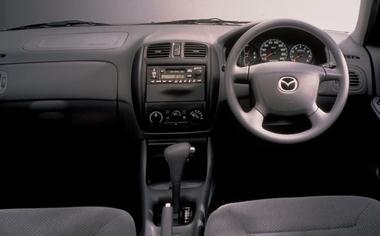 Mazda Familia 3