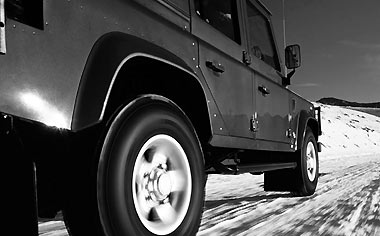 Land Rover Defender 2