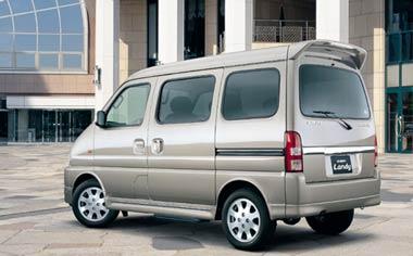 Suzuki Every Landy 2