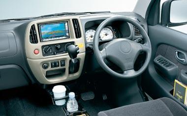 Suzuki Every Landy 3