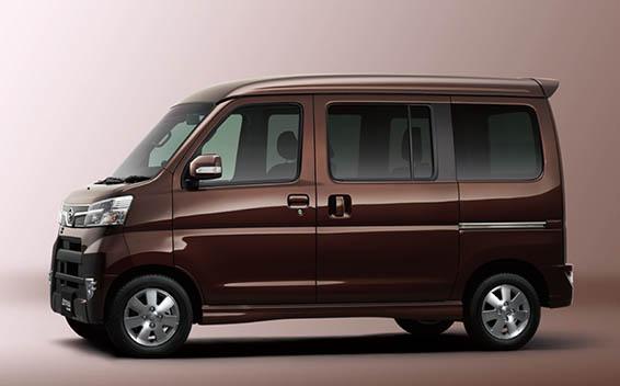 Daihatsu Atrai Wagon 3