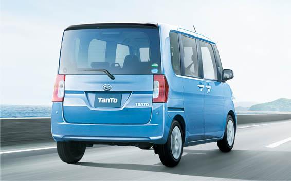 Daihatsu Tanto 2