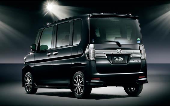 Daihatsu Tanto Custom 2