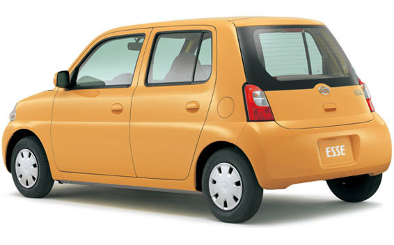 Daihatsu Esse 2