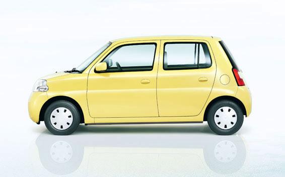 Daihatsu Esse 3