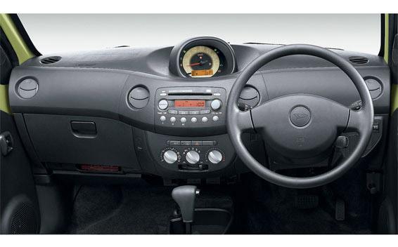 Daihatsu Esse 15