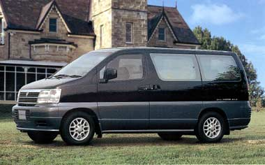 Nissan Caravan Elgrand 1