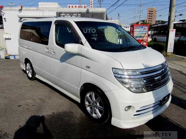 2004 Nissan Elgrand E51 SELLING!! ⭐Back cam⭐Aero⭐3-row seat⭐Keyless
