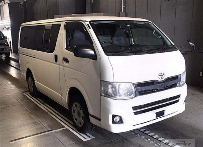 2011 Toyota Hiace Van KDH206V Excellent Condition