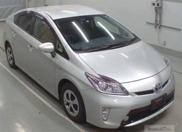 2014 Toyota Prius ZVW30 Excellent Condition