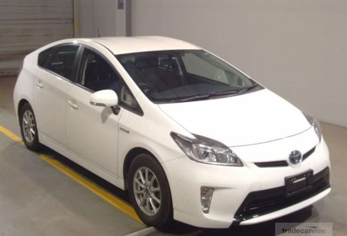 2016 Toyota Prius ZVW30 Excellent Condition