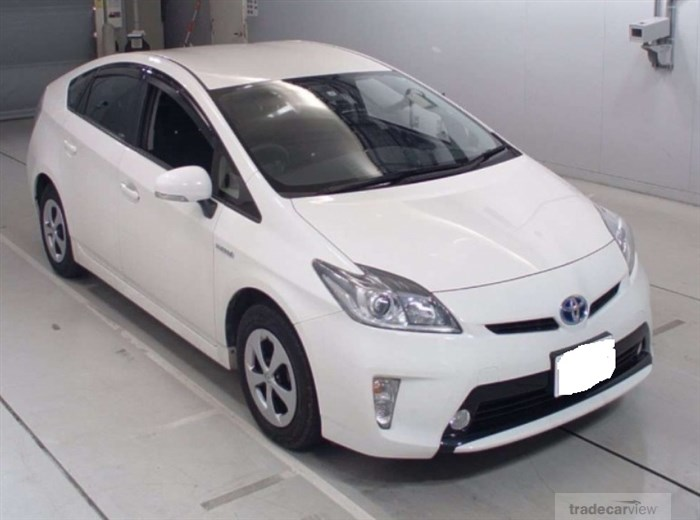 2015 Toyota Prius ZVW30 Excellent Condition