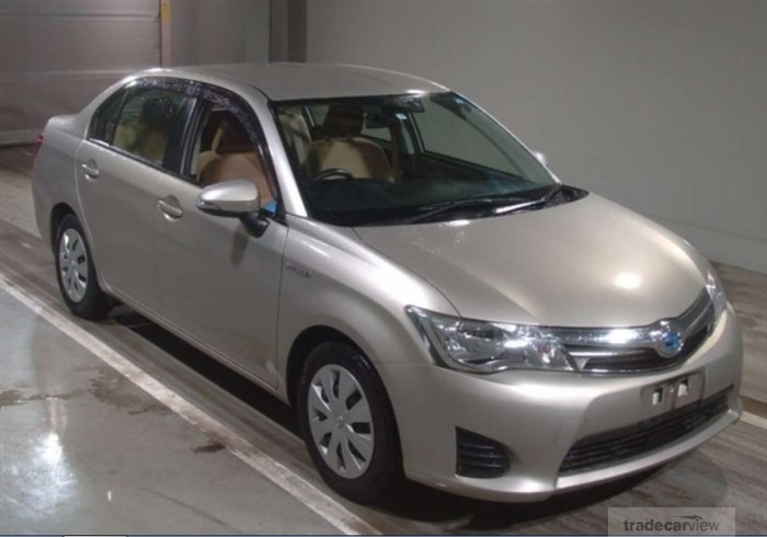 2013 Toyota Corolla Axio NKE165 Excellent Condition