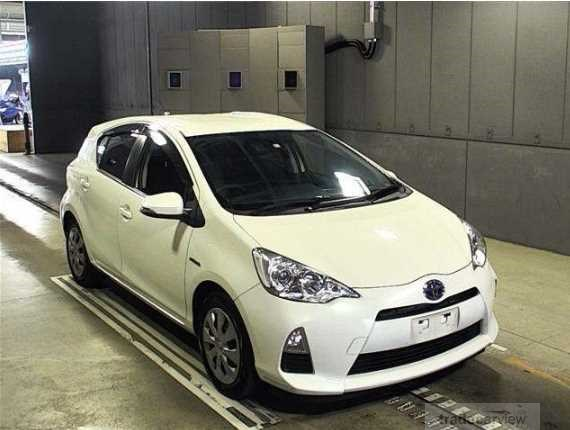 2014 Toyota AQUA NHP10 S SMART PKG  , PUSH START, EXCELLENT CONDITION