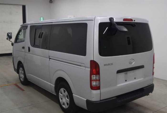 2007 Toyota Hiace Van