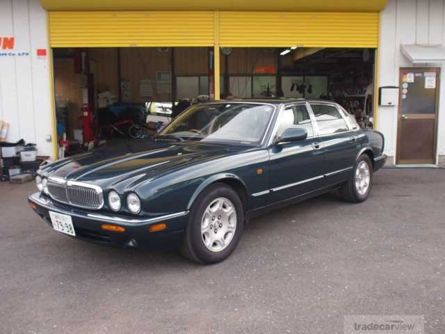 2002 Jaguar XJ Series -
